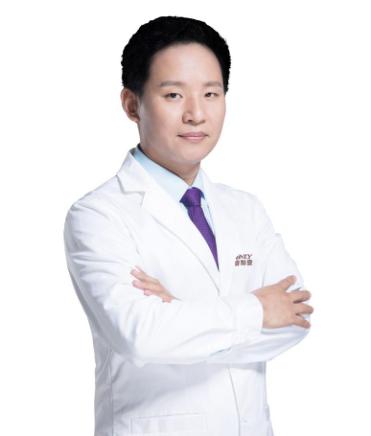 张绿峰医生_北京壹加壹整形外科项目院长